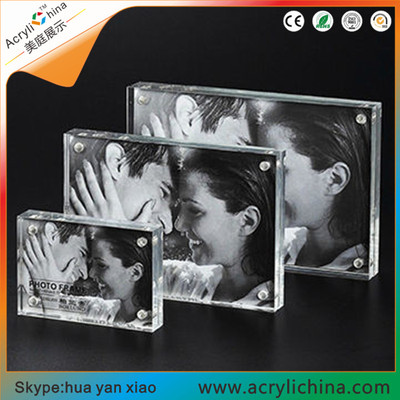 Acrylic Photo Frame 4x6 Gift Box Package, Clear Free Standing Desktop Double Sided Magnetic Picture